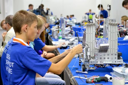 Children make robots on World Robotic Olympiad Russia 2014