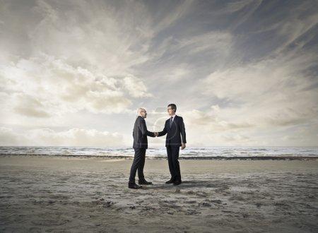 Photo pour L'affaire des hommes d'affaires - image libre de droit