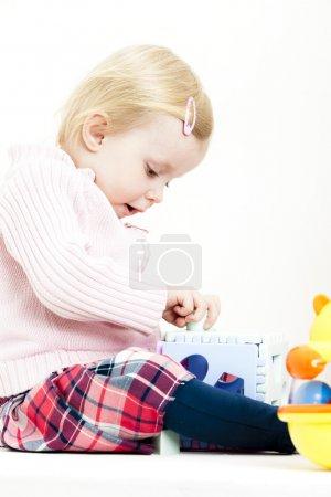 jugar a chica del niño