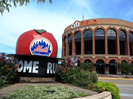 Citi Field Home Run Apple