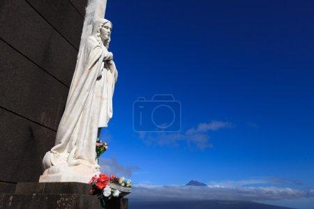 Photo pour Statue de saint sur l'île Faial, Açores, Portugal - image libre de droit