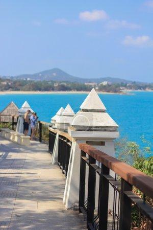 Walkway with columns on the island
