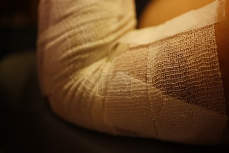 Photo pour Soins de santé de médecine de blessure humaine physique. macro - image libre de droit