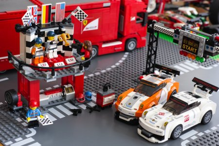 Lego Winning podium in Porsche 911 GT Finish Line by LEGO Speed