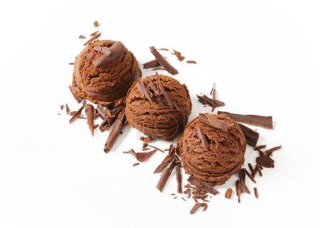 Photo pour Boules de glace au chocolat noir - image libre de droit