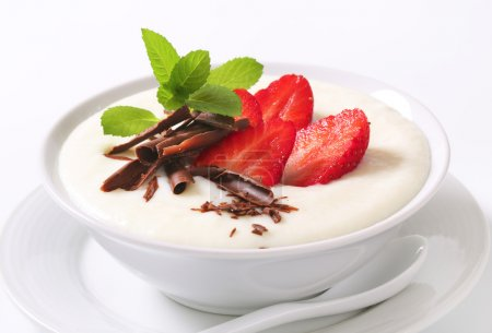 Milk pudding with strawberries