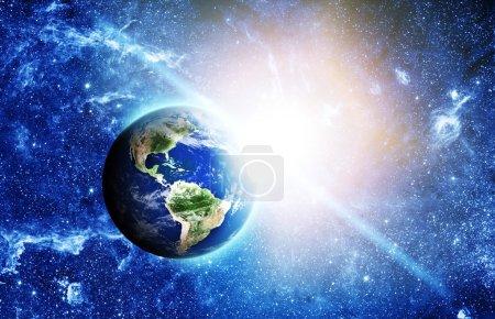 Foto de Planeta tierra en el espacio - Imagen libre de derechos