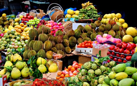 Photo pour Marché asiatique, fruits exotiques - image libre de droit