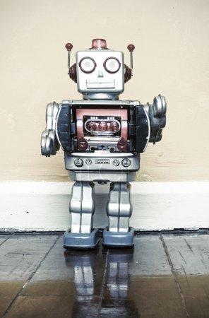 Photo pour Père et fils robot jouet - image libre de droit