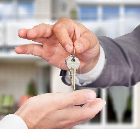 Agent Giving Keys