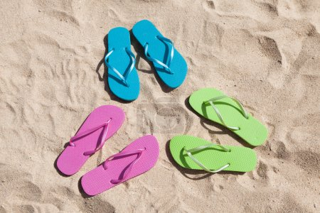 Colorful Pairs Of Flip-flops