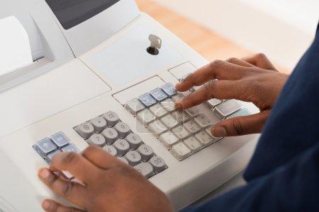 Entering Amount On Cash Register