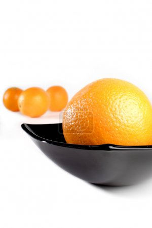 Sweet  orange in bowl