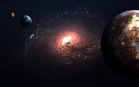 Foto de Planetas sobre las nebulosas en el espacio. Elementos de esta imagen proporcionada por la Nasa - Imagen libre de derechos