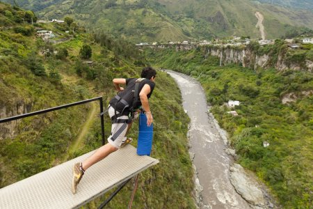 Bungee Jumping Sequence