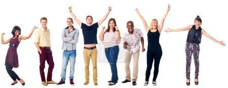 Photo pour Célébrer la diversité personnes réelles groupe isolé sur les acclamations blanches - image libre de droit
