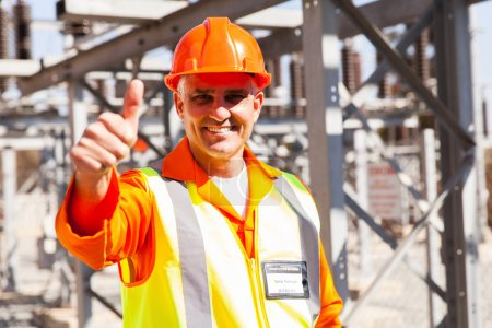 Technician giving thumb up