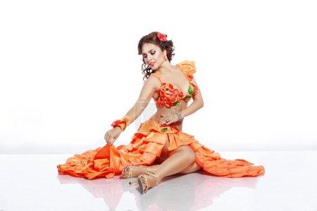 girl with Hawaiian accessories dress