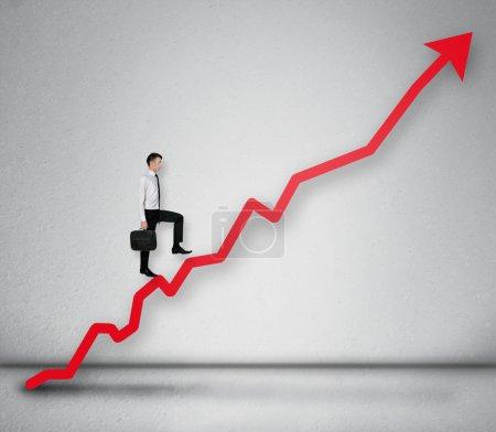 Photo pour Flèche rouge rapport statistiques de croissance - image libre de droit