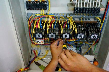 Contactor wiring work