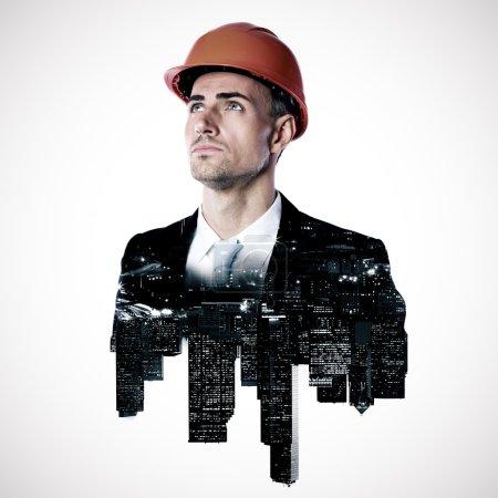 Photo pour Double exposition, d'une ville et l'architecte en levant sur fond blanc - image libre de droit