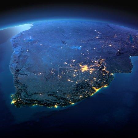 Photo pour La planète terre de nuit avec précis détaillé des lumières de secours et de la ville éclairées par le clair de lune. Afrique du Sud. Éléments de cette image fournie par la Nasa - image libre de droit