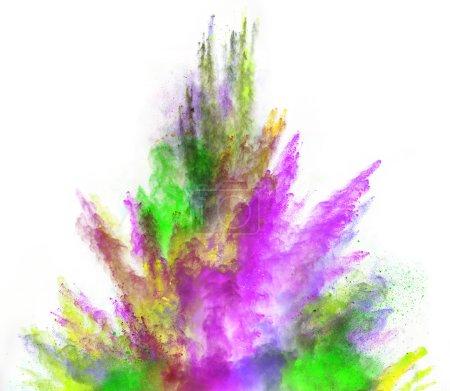 Photo pour Poudre colorée lancée, isolée sur fond blanc - image libre de droit