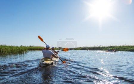 Photo pour Rafting sur la rivière Vorskla. - image libre de droit
