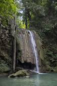 Vodopády Erawan v Thajsku