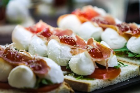 Caprese with spanish ham