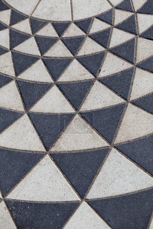 Geometrical paving