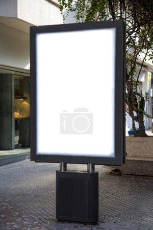 Photo pour Panneau d'affichage vide avec espace copie - image libre de droit