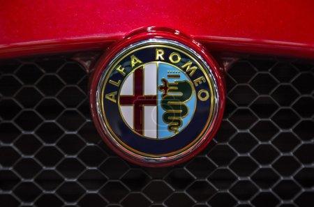 Альфа Ромо автомобиля