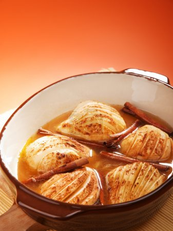 Pears in rum with cinnamon