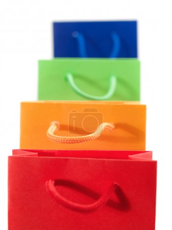 Photo pour Sacs cadeaux colorés isolés sur fond blanc - image libre de droit