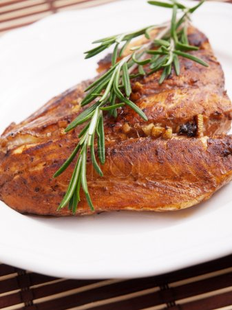 Baked salmon with rosemary