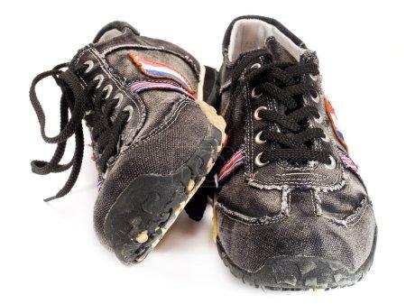 Photo pour Chaussures adolescentes modernes sur fond blanc - image libre de droit