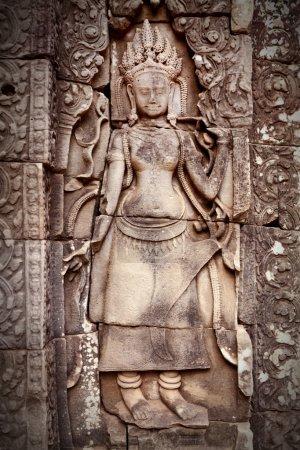 Apsara carving, Angkor wat