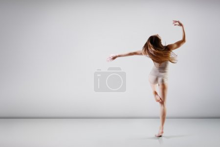 Teen dancing girl