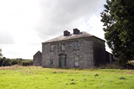 old abandoned farmhouse in Longford
