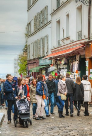 Crowded street on the Montmartre
