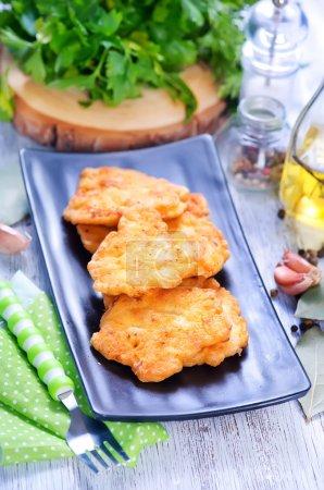 Escalopes de poulet frits
