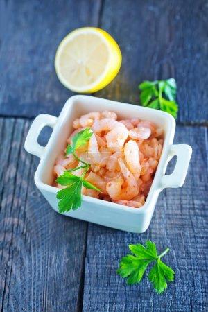 Boiled shrimps and fresh lemon