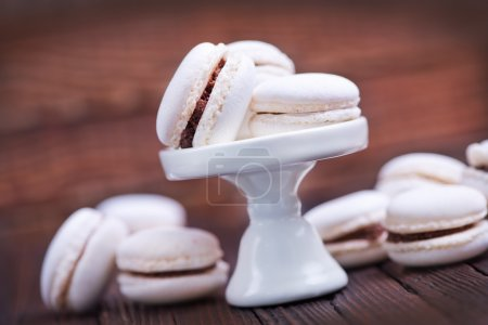 delicious white macaroons