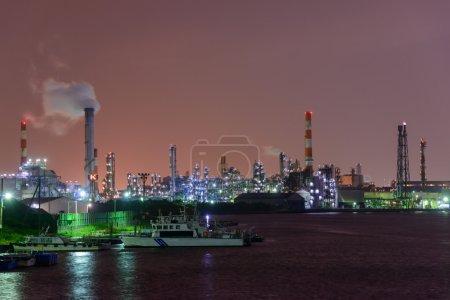 Photo pour Scène nocturne d'usines à Kawasaki, Kanagawa, Japon - image libre de droit