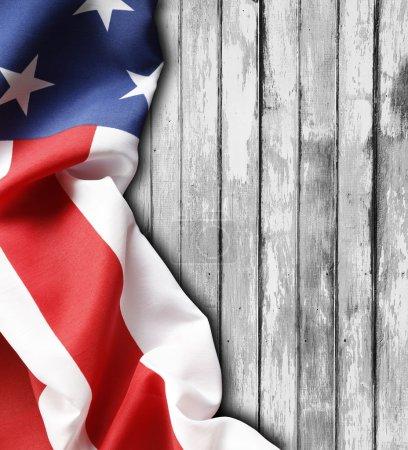 Amerikanische Flagge auf Brettern