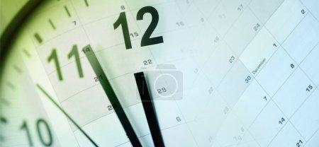 Photo pour Visage d'horloge et calendrier composite - image libre de droit