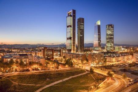 laegter vue forretningsaftale finansiel scene kaukasisk