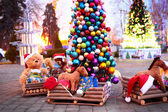 Jahrgang Weihnachtsdekoration mit Stofftieren
