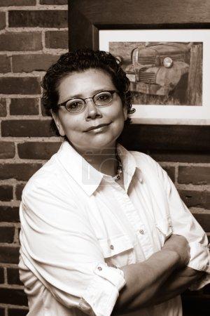 Photo pour Survivor Cancer avance avec sa carrière après le traitement et la lumpectomie - image libre de droit